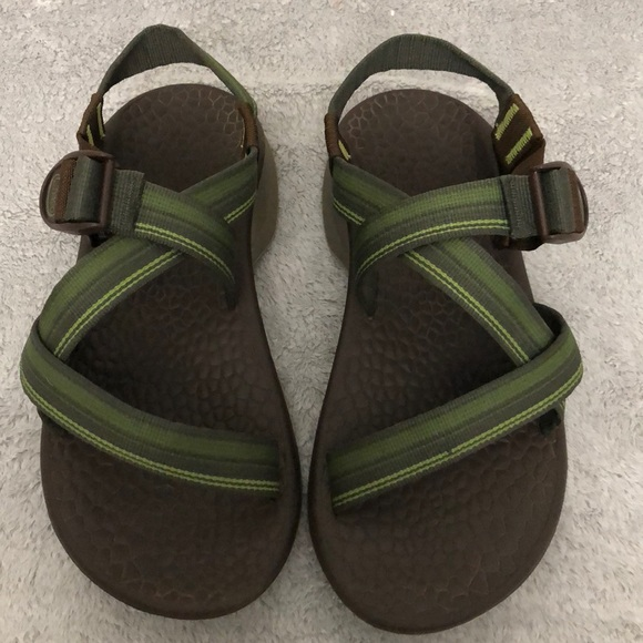 7ae8182d2d1c Chaco Other - Men s green   brown Chaco sandals
